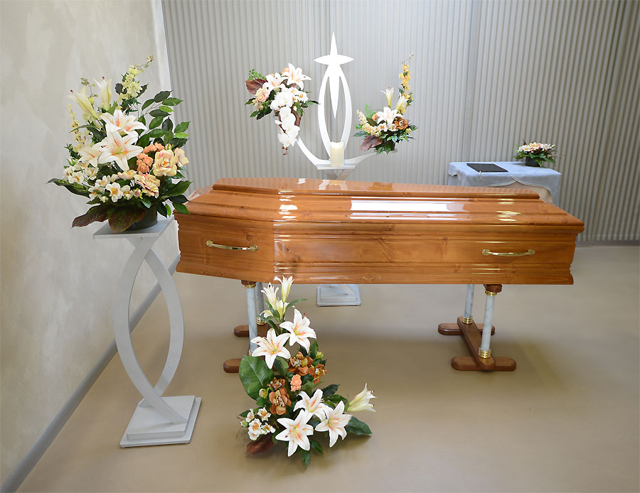 Arredi Funebri Facelli Camera ardente Casa funeraria TO