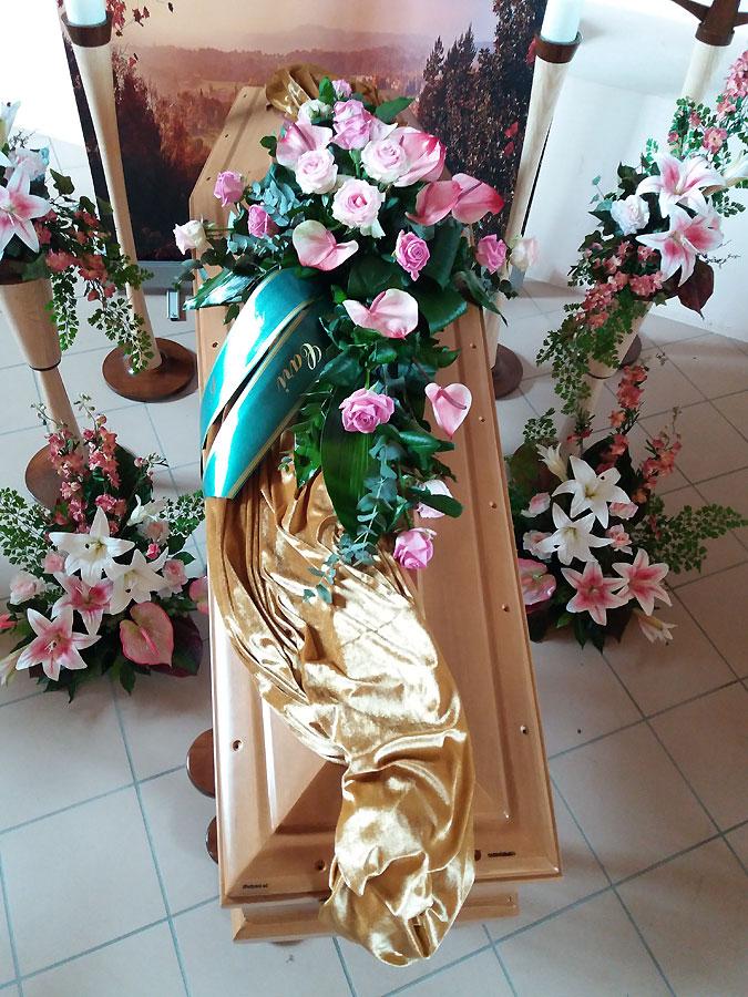 Fiori funerale Fiori cimitero Lutto Arte Floreale Bornate Serravalle Sesia VC