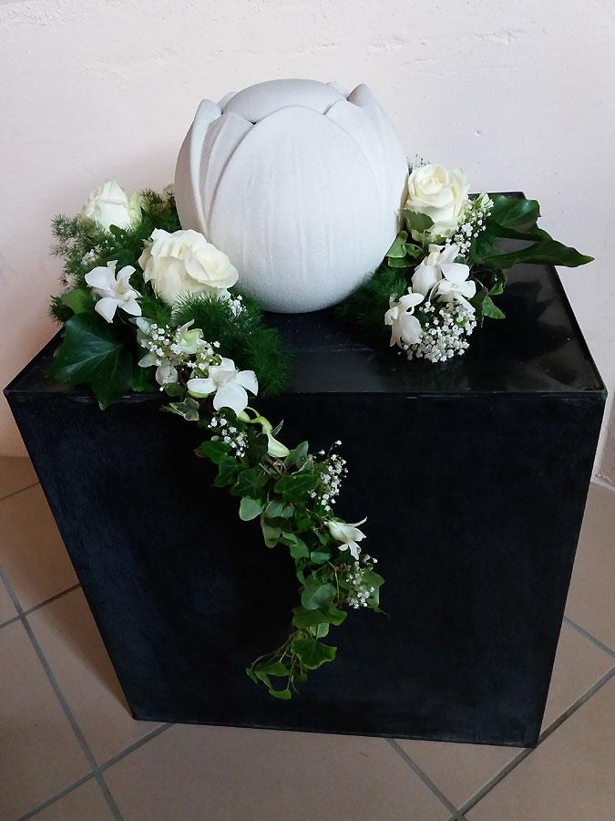 Fiori funerale Fiori Lutto MI Fiori cimitero Arte Floreale Milano Centrale